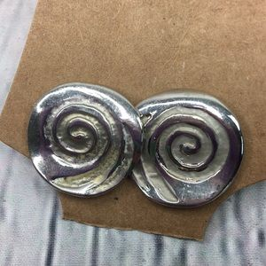 5/$25 Boho chic swirl round stud earrings